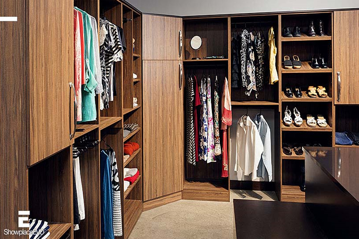Showplace-EVO Full-Access Cabinetry